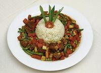 Színes borjúragu párolt rizzsel