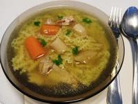 Fokhagymás csirkecsont leves