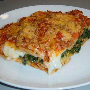 Bolognai Ragus-spenótos házi lasagne